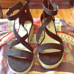 Wedge black sandals